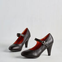 Minimal Member of the Board Heel in Black by ModCloth