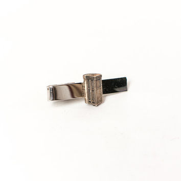 Vintage 60s TIE BAR / 1960s Sterling Silver Novelty Telephone Call Box Tie CLIP