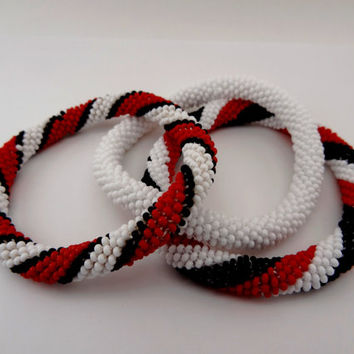 Red,Black ,White Beaded Bracelet Set / Crocheted Beads Bracelet / Bangle Set / Bead Rope Bracelet