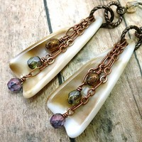 Latte Shell Czech Nostalgia Crystal Copper Chain Niobium Earrings