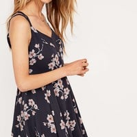Kimchi Blue Scarlett Dress - Urban Outfitters
