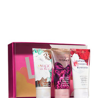FAN FAVORITESLove is All You Need Gift Set