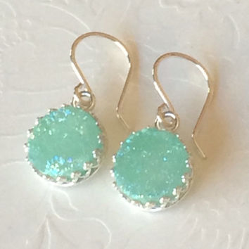 Mint Druzy earring - green druzy dangle earring- druzy earring- bridesmaid gift- green druzy- mint earring.