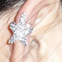 Sparkly Diamonds-studded Starfish Ear Cuff