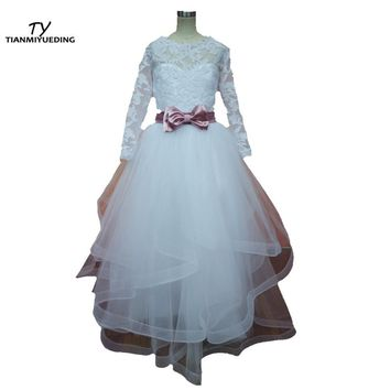 Chic Long Sleeve Flower Girl Dresses White / Ivory Lace  Tulle Ribbon Sash Tiers Ball Gown Girls Holy First Communion Dresses