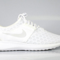 Nike Women's Zenji Juvenate White Pure Platinum