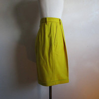 90s United Colors of Benetton Short Vintage Sunflower Yellow Wool Blend 1990s Bermuda Cuff Short Pants 38EU XS