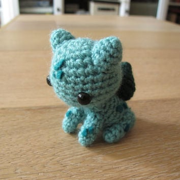 Pokemon Bulbasaur Amigurumi - Crochet plush small toy plush