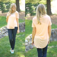 Easy Breezy Tee in Peach