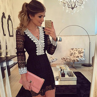 Black Charming V-Neck Long Sleeve Floral Lace Bodycon Evening Dress