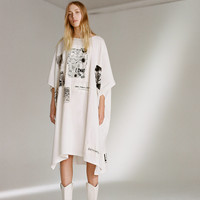 MM6 Patched Oversized T-Shirt Dress | Urban Outfitters