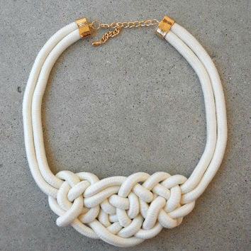 Marina Rope Necklace in Ivory [4737] - $16.00 : Vintage Inspired Clothing & Affordable Dresses, deloom | Modern. Vintage. Crafted.