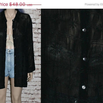 90s Kimono Blouse Black Sheer Daisy Embroidery Duster Jacket Floral Grunge Hipster Goth Witchy Witch Boho Festival Plus size L XL 1X 2X 70s