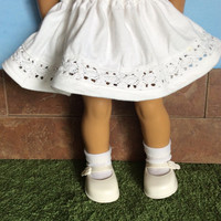 18 Inch Doll Skirt, White Doll Skirt, fits American Girl Dolls, Summer Doll Clothes, Upcyled