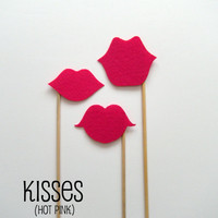 Photobooth prop KIT Lips on a stick hot pink by KittyDuneCuts