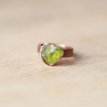 Raw Peridot Ring Green Gemstone Ring August Birthstone Ring Raw Stone Ring Raw Crystal Ring Mineral Ring Copper Ring Size 5.5