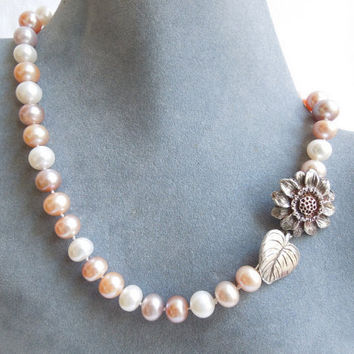 Freshwater Pearl Necklace Blush Peach Pink Sunflower by seemomster