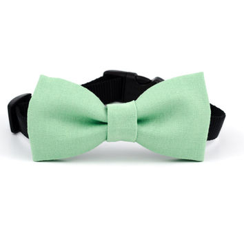 Dog Bow Tie in Willow Linen