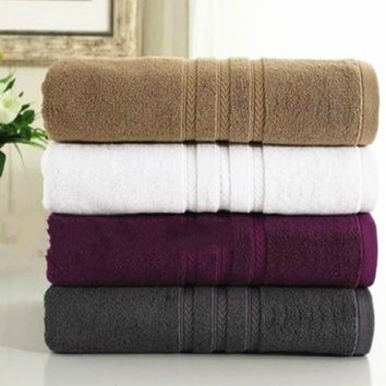100% Cotton thick Soft and absorbent bath towel high quality adult bath towel Two ply yarn-dyed jacquard terry towels 75x140cm