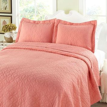 King Coral Pink Geometric 100% Cotton Reversible Quilt Bedspread Set