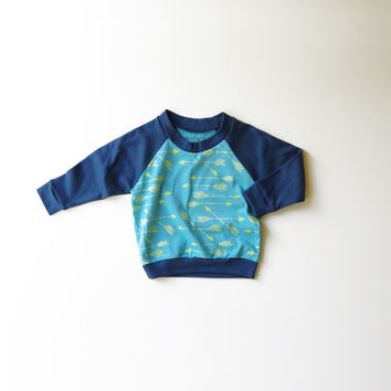 Arrows Organic Raglan in Turquoise and Navy Blue