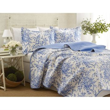 King size 100-Percent Cotton Quilt Bedspread Set with Blue White Floral Leaves Pattern