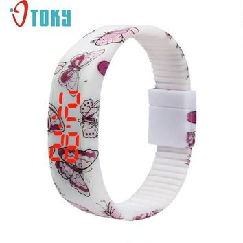 quente do menino LED Watch Ultra Thin Girl boy Sports Silicone Digital Bracelet Wrist for children at5 Dropshipping