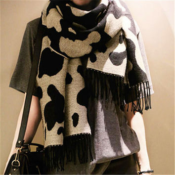 New 2015 Womens Fall Fashion Pashmina Scarf Winter And Autumn CoWool Blend Brand Scarves Cows Print Leopard Cape Fringed