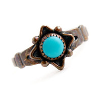 Vintage Copper Turquoise Blue Stone Ring - Size 5 1/2 Native American Style Boho Jewelry / Tiny Tribal Teal