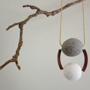 NL-042 White and Grey Granite Polymer Clay Round Beads with Rose Gold Square Curved Tube Necklace