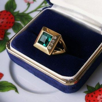 18K HGE Solid Yellow Gold, 3+ CTW Green Stone and Rhinestone Ring & Necklace Set