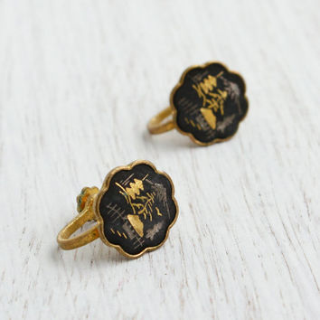 Vintage Damascene Asian Screw Back Earrings - Mid Century Gold & Silver Inlay on Black Tile Japanese Jewelry / Mt. Fuji