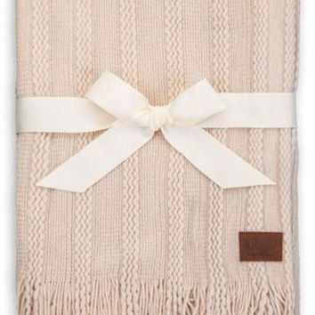 CHEN1ER UGG Australia Fine Cable Knit Throw