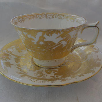 Royal Crown Derby Tea Cup, Gold Aves Teacup, English Bone China