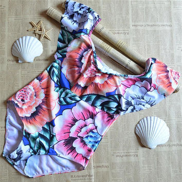 2017 Ruffles Monokini Thong Swimwear Women One Piece Swimsuit Sexy Floral Off Shoulder Swim Wear Lady High Cut Bathing Suit