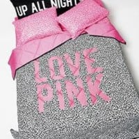 VS PINK Bedding: Reversible Comforters & Blankets from Victoria's Secret PINK