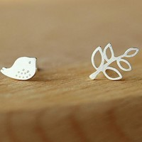 Fashion bird and Leaves Branches earring hot simple women's earrings