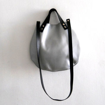 Leather basket hand bag - light silver