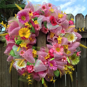 Deco Mesh Wreath -Spring/Summer- Floral Bright Pink - Large -