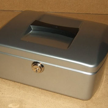 Burg Wachter Cash Box 10-in x 8-in x 3 3/4-in Silver German Made 7250 Steel -- New