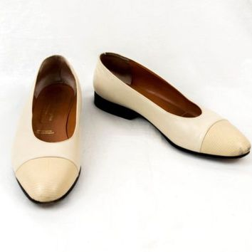 Robert Clergerie Leather Shoes France 10 B Vintage Beige Cap Toe Flats EU 40.5