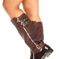 BROWN RUBBER FAUX LEATHER MATERIAL BUCKLE STRAPS SIDE ZIPPER TEXTURED KNEE HIGH RAIN BOOTS