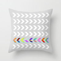 Go your own way v.2 /Grey Throw Pillow by Elisabeth Fredriksson