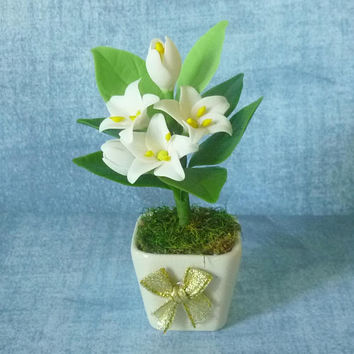 White flower pot artificial clay flower 3 3/4 inch/Dollhouse miniture /Polymer clay flower pots/ Miniature flower