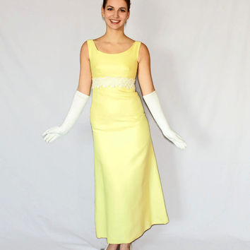 60s Yellow gown. Maxi dress. Vintage formal dress. White lace trim.  Prom dress. Long back panel. Wedding. Mad Men Fashion.