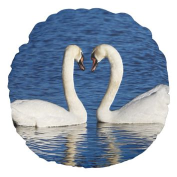 Two White Swans Form Heart Sign Round Pillow