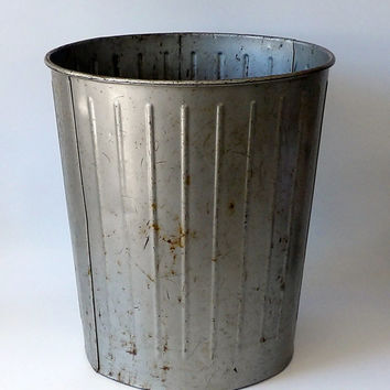 Vintage Metal Trash Can Industrial Rusty Decor Garbage Pail Bin Receptacle Laundry Hamper Basket Bathroom Office Masculine Steel Retro Cool!