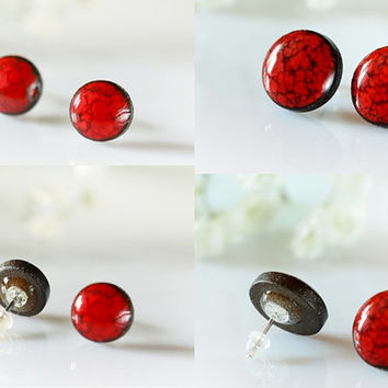 Red studs S / M / L Red ceramic post earring Clay stud earrings Red clay studs Red Clay jewelry dark red circle stud Red round stud earring