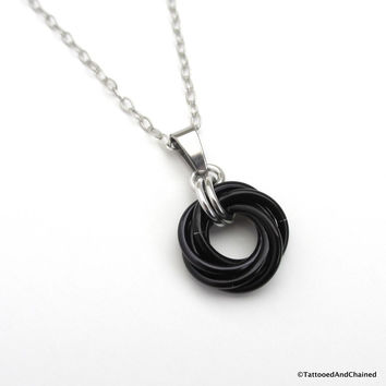 Black pendant, chainmaille love knot