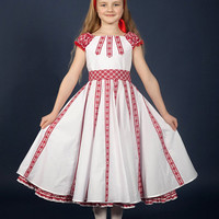Ukrainian embroidery Dress for girls. Trendy dress with a belt. Vyshyvanka. Ukrainian children's dress